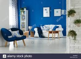 trendy blau und weiß wohnzimmer interior design
