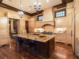 French Country Kitchen Cabinets Glossy Concrete Floor Modern Light Glass Chandelier White Ceramic Stainless Steel