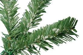 Cleaning And Storing Your Flocked Christmas Tree