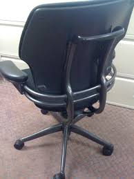 Diffrient World Chair Vs Liberty by Humanscale Freedom High Back Office Chair Humanscale Freedom Task