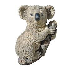 Qvc Christmas Tree Hugger by Amazon Com Design Toscano Kouta The Climbing Koala Sculpture