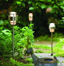 How to Choose Modern Landscape Lighting 2Modern
