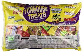 Bad Halloween Candy List by Amazon Com Assorted Candy Mix Funhouse Treats 92oz Chocolate