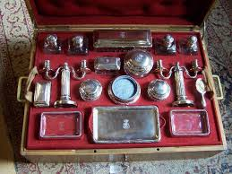 Vanity Dresser Set Accessories by 286 Best Antiques Dresser Vanity Images On Pinterest Antique