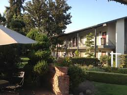 Lamp Liter Inn In Visalia by Lamp Liter Inn Hotelroomsearch Net