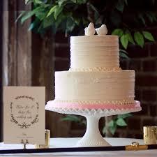 800x800 1474287474266 2 Tier Rustic Horizontal No Flowers Square 1474287534571 Daniels Wedding Cake 1474287711187 Burgandy