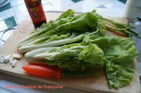 cuisiner le chou chinois cuit chou chinois juste sauté à la poêle dans la cuisine de françoise