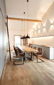 altholzmöbel und eiche fussboden massiv in designerbüro