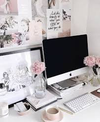 Pretty Workspace For Anyone Just Starting Their Business From Home Office Ideas Boss Babe