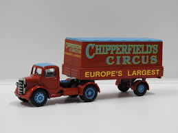 100 Articulated Truck 150 Bedford O Chipperfields Circus