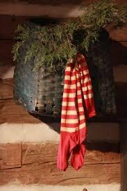 Primitive Decorating Ideas For Christmas by 321 Best Primitive Christmas Matters Images On Pinterest