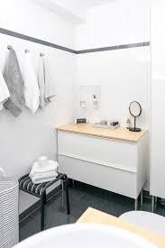 ein kleines badezimmer neu gestalten im skandinavischen design