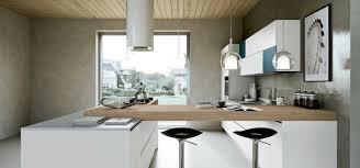 cuisine blanche et plan de travail bois cuisine moderne blanche et bois rutistica home solutions