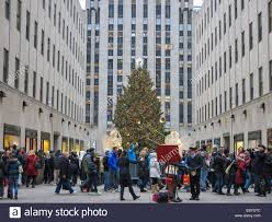 Rockefeller Plaza Christmas Tree Location by The Rockefeller Center Christmas Tree Nyc Usa Stock Photo