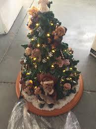 Saran Wrap Xmas Tree by Amazon Com Boyds Bears Lighted Christmas Tree Sculpture Danbury