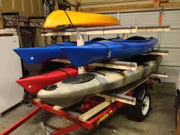 Kayak Ceiling Hoist Nz by Transport De Kayaks I Love The Storage They Found On The Bumper