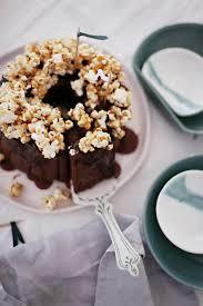 nutella bananen kuchen mit karamell popcorn fräulein klein