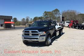 Tow Truck: Eastern Tow Truck Sales 2010 Peterbilt 335 For Sale In Covington Tennessee Www Freightliner Fld112 Kaina 26 447 Registracijos Metai 1995 Outlaw Street Stock Chassis Baskin Truck Sales Trucks Accsories 2005 Sughton Dry Van Trailers Auction Or Lease 700 Index Holley Efi Car Reunion Vi Used 2009 Flatbed Dump Truck For Sale In Ford F800 For Sale Price Us 100 Year Lvo Vnl64t300 Truckpapercom 1996 379exhd Tn Best Image Of Vrimageco Ford Trucks