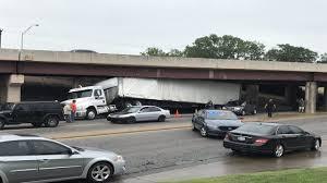 100 Truck Stuck Under Bridge Semi Truck Removed After Getting Stuck Under Bridge Near 31st Street