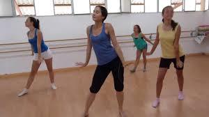 cours danse cabaret ados avec agatha jones