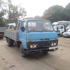 Left Hand Drive Toyota Dyna BU30 / 300 3.0 Diesel 3.5 Ton 6 Tyres ...
