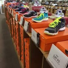 DSW Designer Shoe Warehouse 24 s & 15 Reviews Shoe Stores