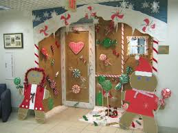 Winning Christmas Door Decorating Contest Ideas by Our Office Door Decorating Contest Entry We Find Out On The Who