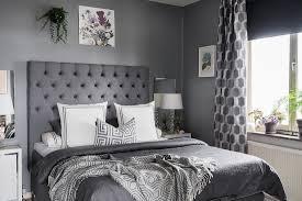 klassisches schlafzimmer ganz in grau bild kaufen