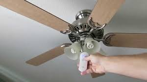 Hunter Ceiling Fan Remote Troubleshooting by Hunter State Street Ceiling Fan With Remote Review Not Great Youtube