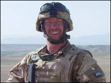 Most Decorated Soldier Uk by Bbc News Uk Soldiers Honoured For Bravery
