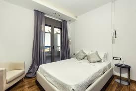 gardinen im schlafzimmer gestalten lichtschutztipps
