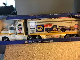 Nylint Napa Auto Parts Racing 18 Wheeler Semi Truck Tractor Trailer ...