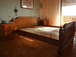 komplettes schlafzimmer in eiche rustikal schrank bett mit