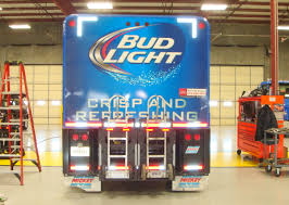 100 Bud Light Truck File Beverage Truckjpg Wikimedia Commons