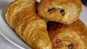 recette de croissants et de pains au chocolat chocolatines la