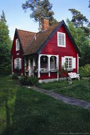 Cabin Style Homes Colors So Adorable I Could Live In This In Fact I Have A Husband Who