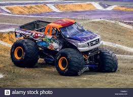 New Orleans, LA, USA. 20th Feb, 2016. Hurricane Force Monster ... New Orleans La Usa 20th Feb 2016 Gunslinger Monster Truck In Nr11jan My Experience At Monster Jam Macaroni Kid Top 5 Reasons To Check Out Monster Jam This Weekend Central Two Newcomers Among Hlights Of 2017 San Antonio Jds Truck Tracker Wildwood Motor Events Llc Tickets Driver Hooked On Adrenaline Rush The Augusta Chronicle Team Meents Vs World Finals Racing Quarter Gunslinger Home Facebook Hot Wheels Year 2015 124 Scale Die Cast Metal Body Gun Slinger Fatboy Way