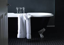 Bathtub Reglazing Pros And Cons by Cast Iron Bathtub Reglazing Bathroom Exciting Bathtub With Reglaze