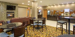 American Of Martinsville Dining Room Table by Holiday Inn Express U0026 Suites Martinsville Bloomington Area Hotel