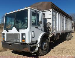 1990 Mack MR690S Grain/silage Truck | Item L5406 | SOLD! Mar... Grain Silage Trucks For Sale Corn Silage Packing Time Lapse Case And John Deere B3 Farms Truck Driver Life On The Ranch Collins Family Silage Cy Harvesting 1976 Mack R600 Grain Farm Truck For Sale Auction Or Lease Intertional Wrecker Tow Trucks N Trailer Magazine 2006 Intertional Eagle 9200i Truck Item Dx9084 Oat Harvest 2013 What Goes Around Comes Mgaret Duarte Desert Survivor Bagging
