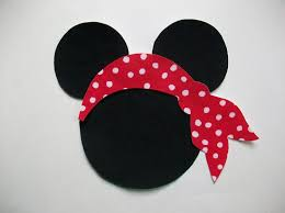 Mickey And Minnie Bathroom Accessories by Diy No Sew Minnie Mickey Mouse And Pirate Scarf Applique