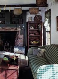 Primitive Living Rooms Pinterest by Antique Baskets Fireplace Stenciling Prim U0026 Colonial Living