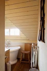 blick in das elegante badezimmer eines bild kaufen