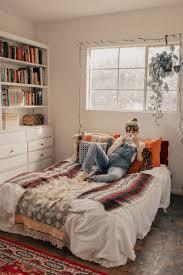 40 Cozy Small Bedroom Ideas