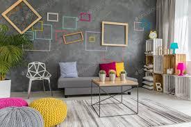wohnzimmer in grau gelb und rosa foto bialasiewicz auf envato elements
