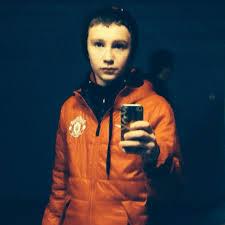 100 Drozdov Artem LikeChloe_ Twitter