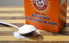 Unclogging Bathtub With Baking Soda by 25 Practical Uses For Baking Soda That You U0027ve Probably Never Heard