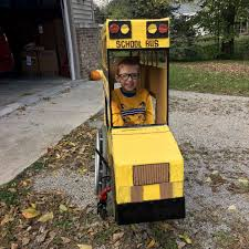 100 Fire Truck Halloween Costume Grandfather Builds Schoolbus Costume For 5yearold Who
