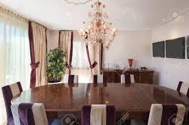 komfortable esszimmer eines hauses klassisches design möbel