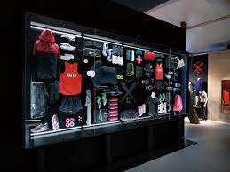Nike Outlet Nj by Best 25 Nike Retail Ideas On Nike Display